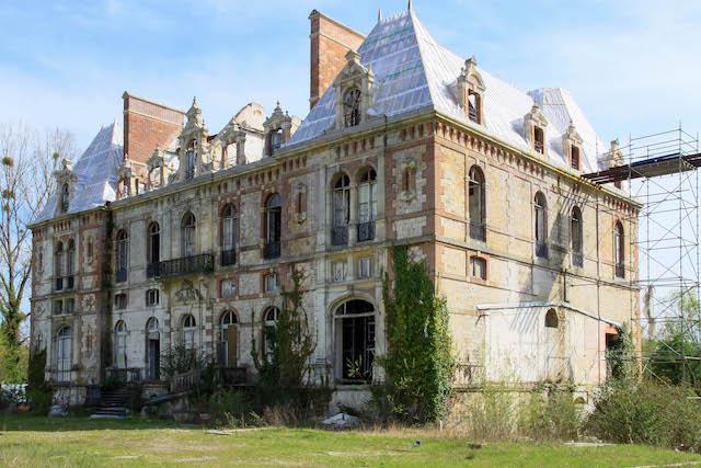 Le château de la duchesse d'Uzès dans les Yvelines / © Julien Fréchin