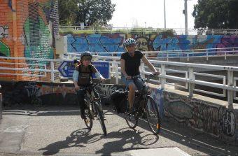 «Il y a un harcèlement social pour porter le casque à vélo»