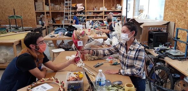 """La manufacture solidaire ICI Montreuil qui regroupe une centaine d'artisans a lancé l'opération """"J'achète ici"""" pour Noël / © ICI Montreuil"""