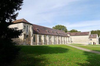 L'abbaye de Maubuisson vous prie de participer à une séance de yoga en ligne