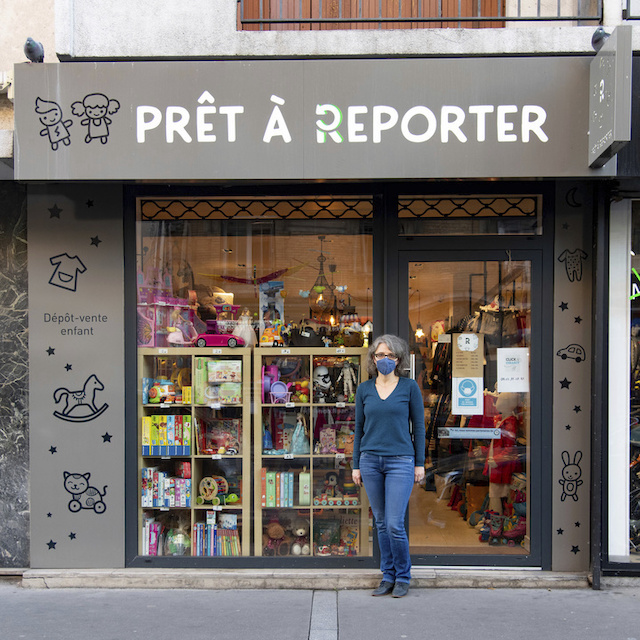 Prêt à Reporter au 12 bis avenue Henri Barbusse à Colombes est un dépôt-vente d'articles pour enfants ouvert par Ewa / © Jérômine Derigny pour Enlarge your Paris