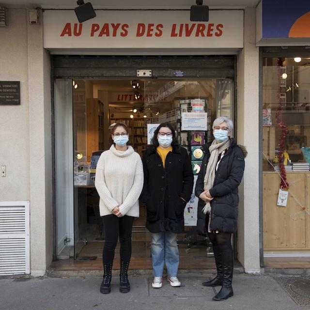 Célia, Céline et Stéphanie sont à la tête de la librairie Au Pays des Livres au 17 rue du Maréchal Joffre à Colombes / © Jérômine Derigny pour Enlarge your Paris