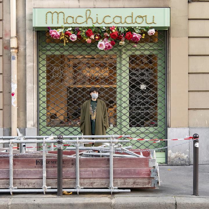 Camille a ouvert le magasin de bijoux Machicadou au 175 quai de Valmy à Paris (10e) / ©  Jérômine Derigny pour Enlarge your Paris
