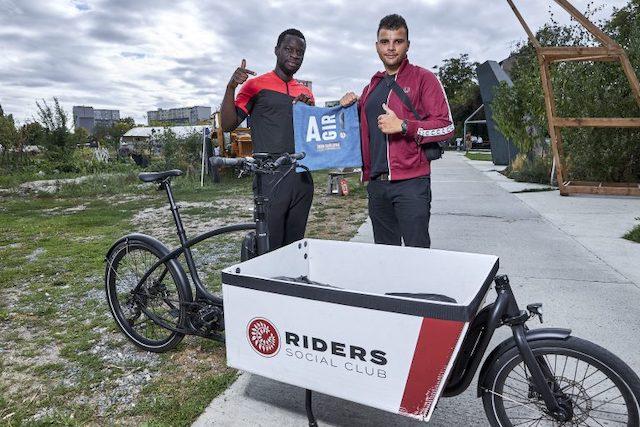 Julien Villain et Mamadou Marciset, fondateurs de la société de livraison en vélo cargo Riders social club / © Riders social club