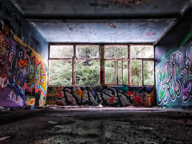 Sanatorium d'Aincourt dans le Val-d'Oise / © Julien Fréchin