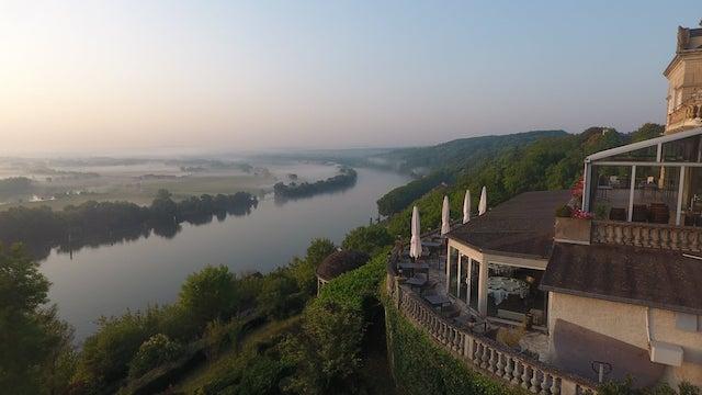 Le panorama sur la Seine et le Parc naturel régional du Vexin depuis le Domaine de la corniche à Rolleboise / © Domaine de la corniche