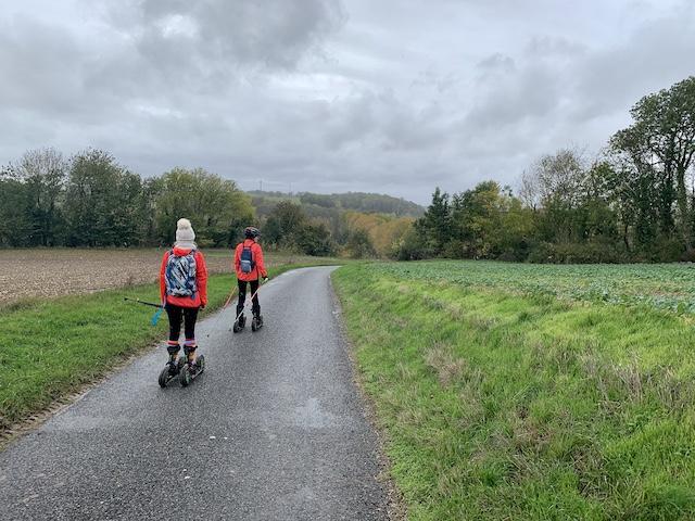 Christine et sa fille Angélique propose des sorties en skike autour de Provins / © Manon Gayet pour Enlarge your Paris