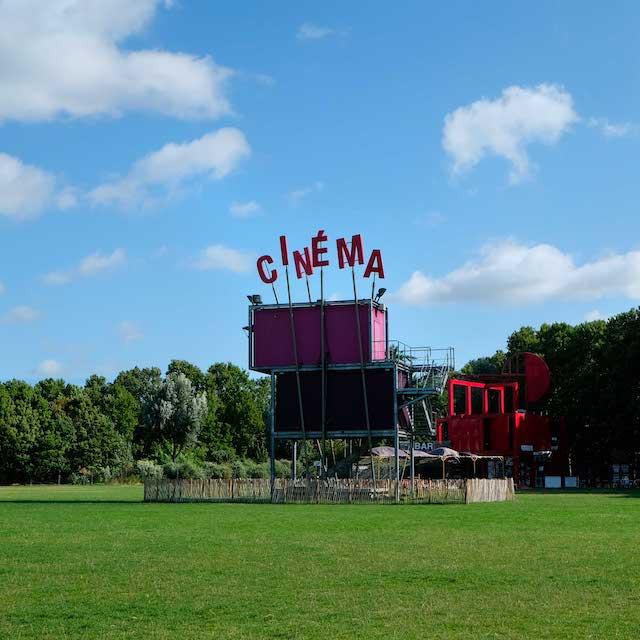 Le cinéma en plein air dans le parc de La Villette à Paris / © Vincent Migrenne pour le Guide des Grands Parisiens