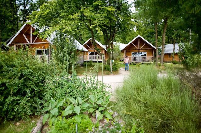 Le camping Huttopia à Versailles / © Huttopia