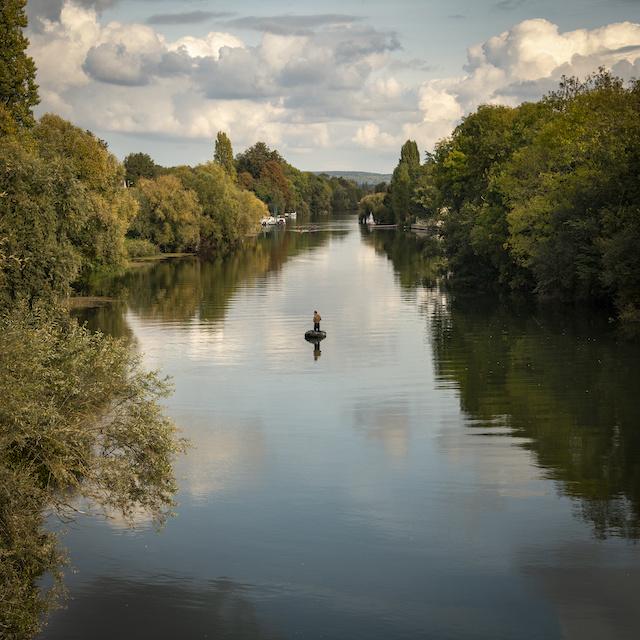 Bords de Seine dans le Vexin entre Mantes-la-Jolie et La Roche-Guyon / © Jérômine Derigny pour Enlarge your Paris