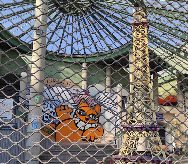 Les Puces de Saint-Ouen sont actuellement fermées au public / © Joséphine Lebard pour Enlarge your Paris