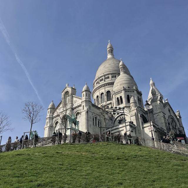 Le Sacré-Coeur, construit sur l'ancien Champ des Polonais où éclata l'insurrection de la Commune le 18 mars 1871 / © Vianney Delourme pour Enlarge your Paris