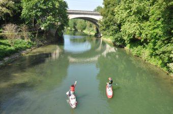 J'ai testé le paddle sur un petit bras de la Seine à Maisons-Laffitte