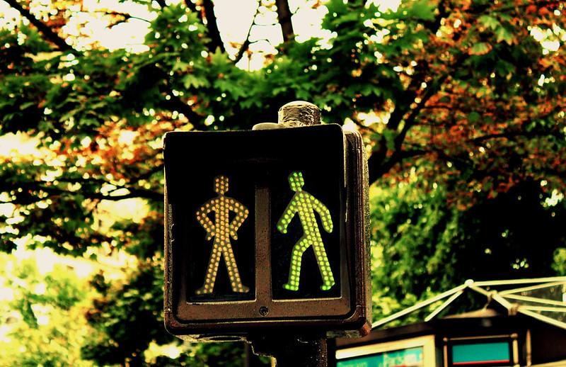 Feu piétons à Paris / © Fabio Sola Penna (Creative commons - Flickr)