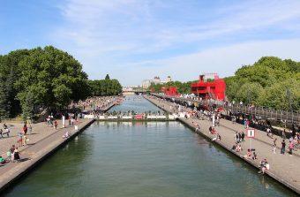 Une Zone d'urgence temporaire de la fête ouvre dans le parc de La Villette