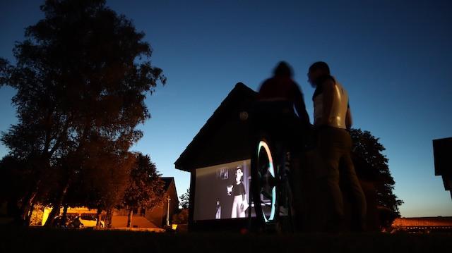 Une séance de cinéma en plein air organisée par l'association CinéCyclo / © CinéCyclo