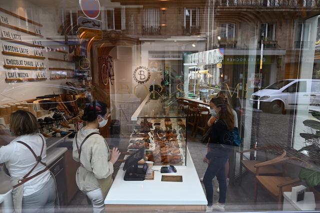 """Marion Thillou a lancé """"Honoré vous guide"""" pour découvrir les meilleures pâtisseries de Paris / © Honoré"""