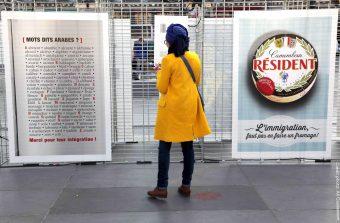 «Y a pas bon les clichés», l'expo qui combat le racisme avec humour