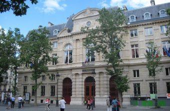 Une académie du climat pas barbante dans l'ancienne mairie du 4e
