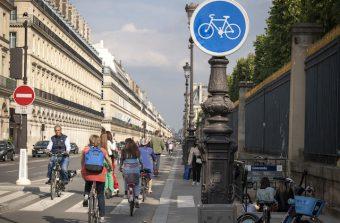 180 km de nouvelles pistes cyclables sécurisées à Paris d'ici à 2026