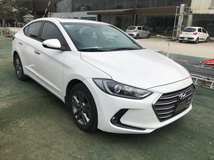 Hyundai Elantra 1.6AT 2016 - 1