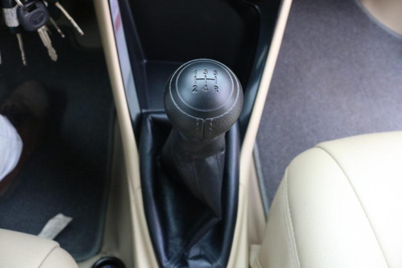 Toyota Vios 1.5MT 2017 - 13