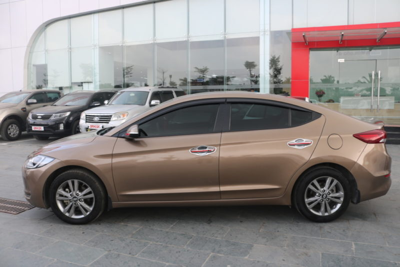 Hyundai Elantra 1.6AT 2016 - 5