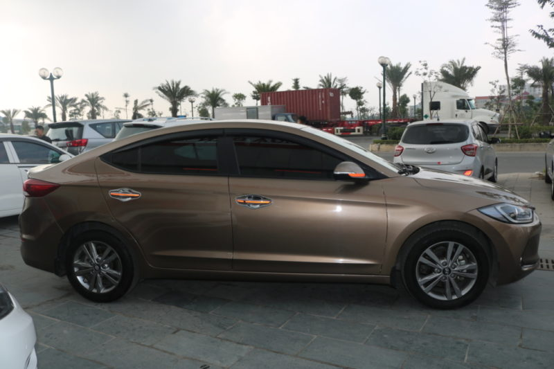 Hyundai Elantra 1.6AT 2016 - 4