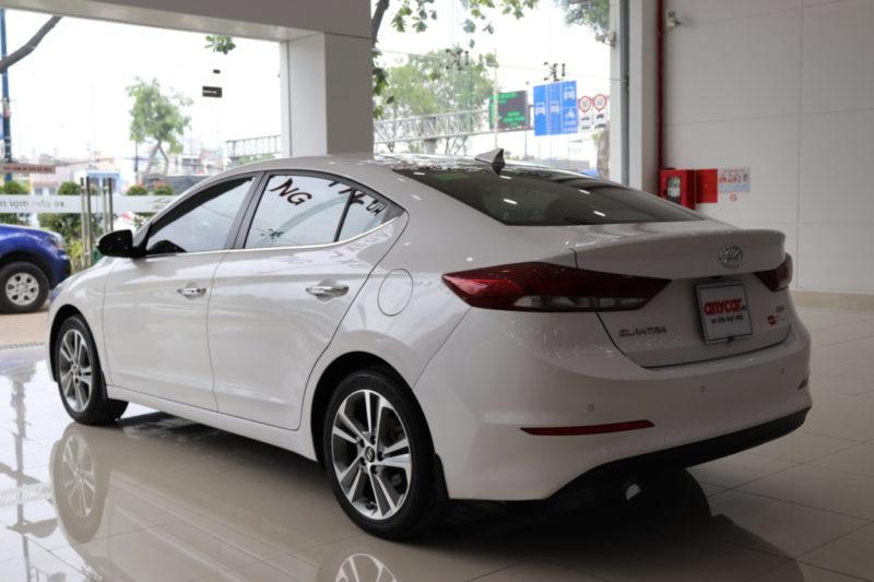 Hyundai Elantra 2.0AT 2017 - 4