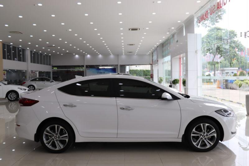 Hyundai Elantra 2.0AT 2017 - 7