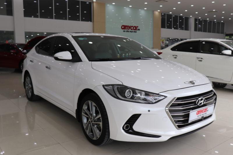 Hyundai Elantra 2.0AT 2017 - 2