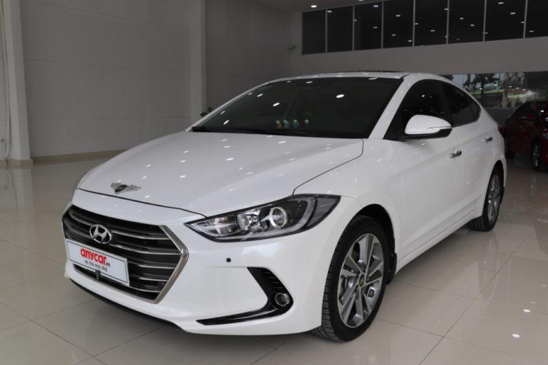 Hyundai Elantra 2.0AT 2017 - 1