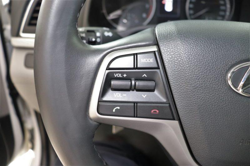 Hyundai Elantra 2.0AT 2017 - 14