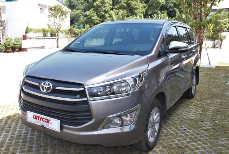Toyota Innova 2.0AT 2017 - 3