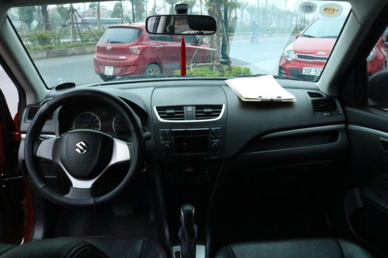 Suzuki Swift 1.4AT 2014 - 11