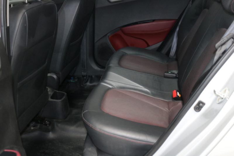 Hyundai i10 1.2AT 2016 - 24