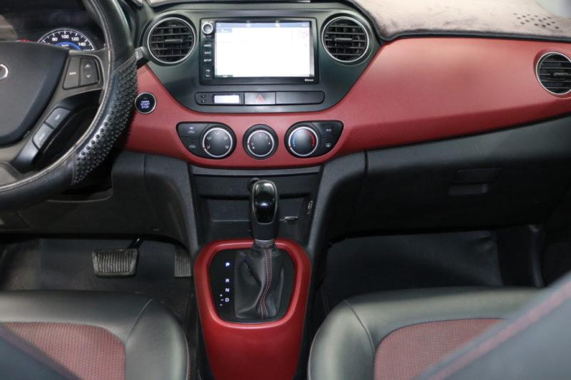 Hyundai i10 1.2AT 2016 - 12