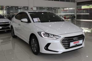 Hyundai Elantra 2.0AT 2016