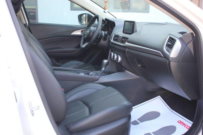 Mazda 3 1.5AT Facelift 2017 - 15
