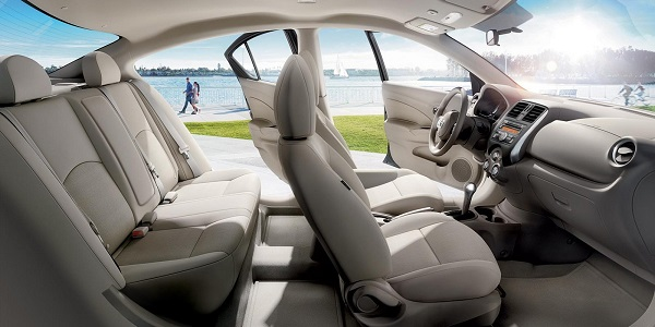 Nội thất Nissan Sunny