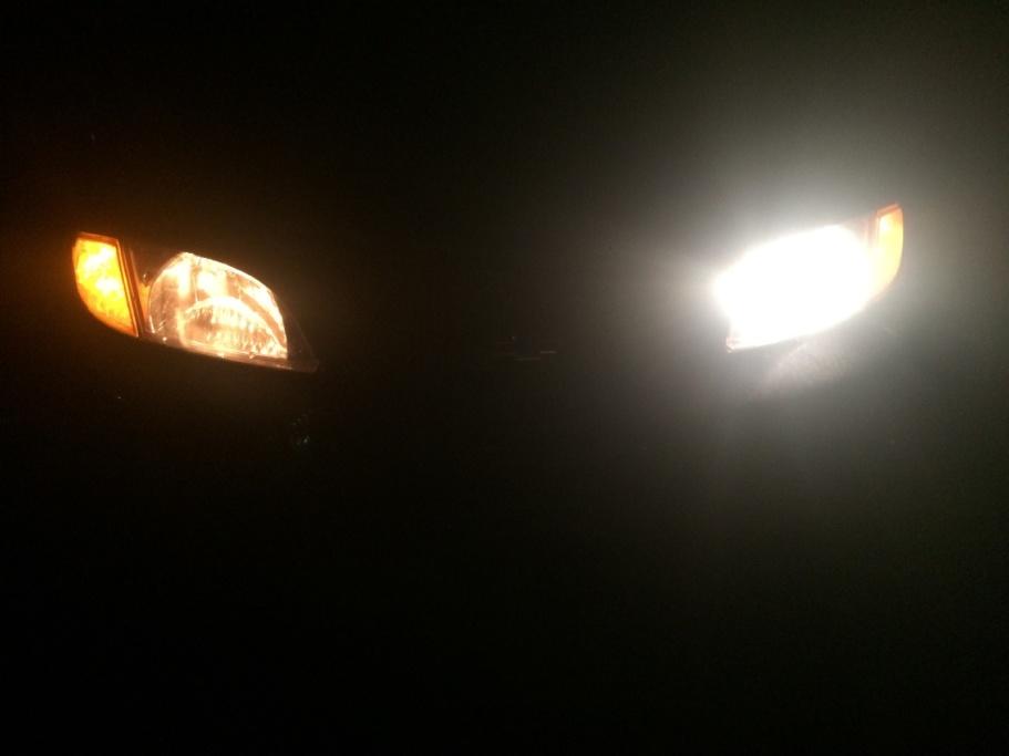 Bóng đèn ô tô bị hỏng