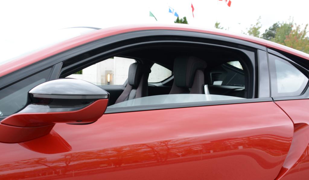 Cửa kính xe ô tô