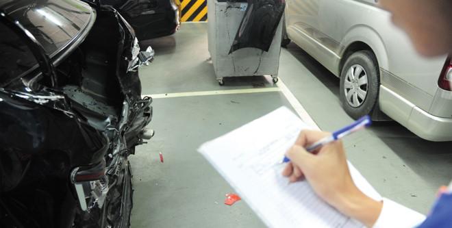 Cách xử lý với hãng bảo hiểm khi ô tô gặp nạn - 6