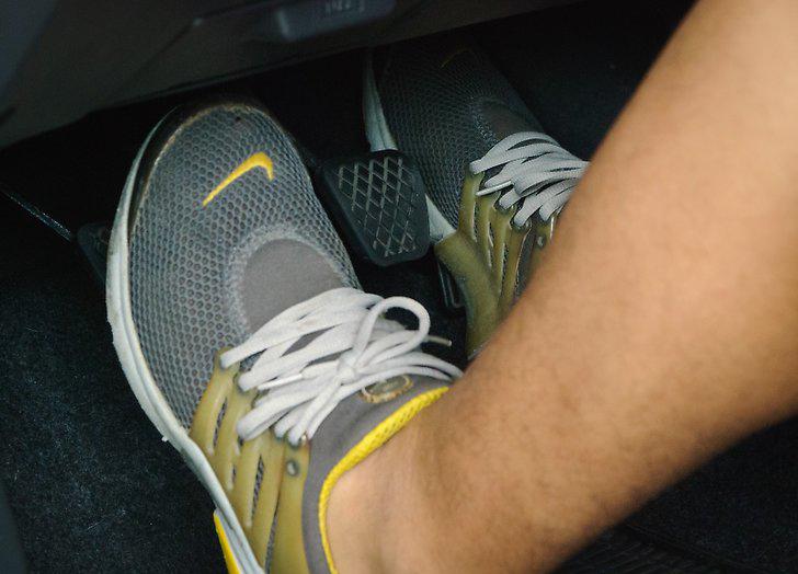 Hướng dẫn cơ bản tự học lái xe số sàn - 10