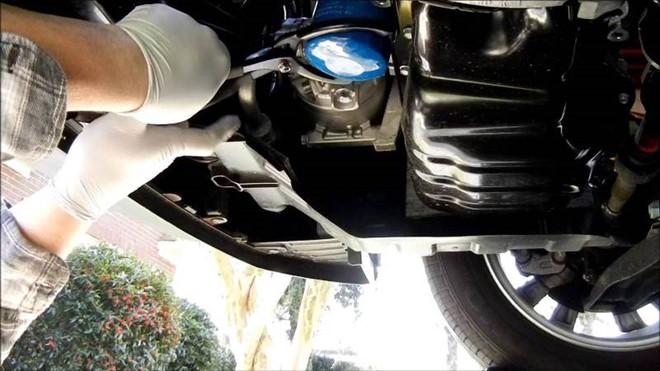Định mức thay nhớt xe ô tô là khi nào? Khi nào cần thay nhớt động cơ ô tô - 8