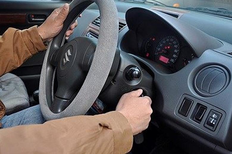 Cách thay ắc quy xe ô tô đơn giản có thể tự làm tại nhà - 10