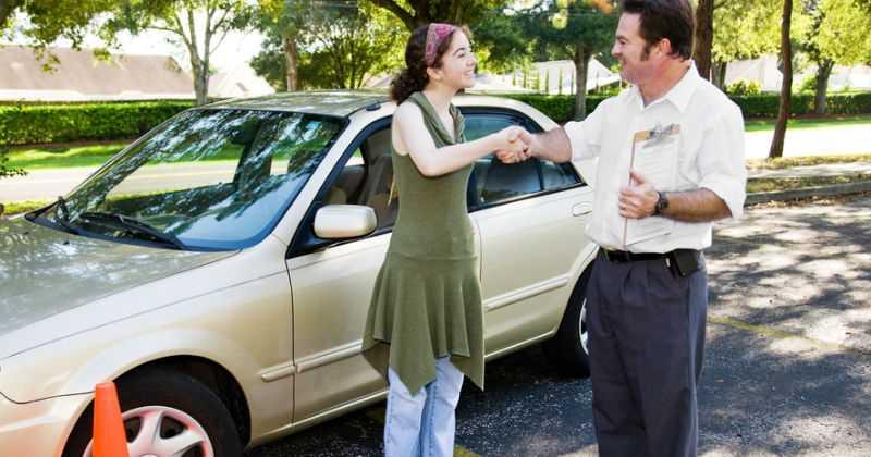 kinh nghiệm mua ô tô cũ bạn cần biết - 10
