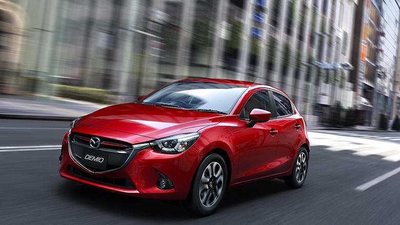 Ngoại thất xe Mazda2 cũ đời 2016
