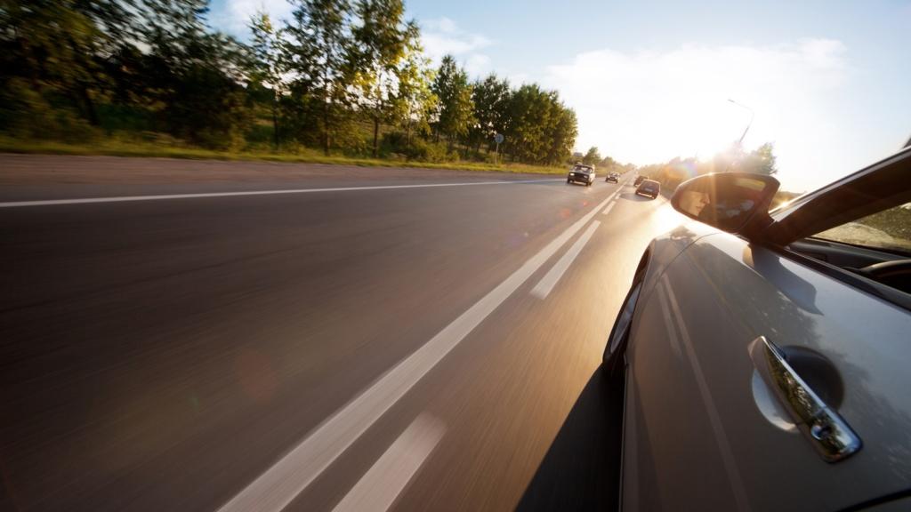 Kinh nghiệm lái xe an toàn và xử lý tốt tình huống - 1