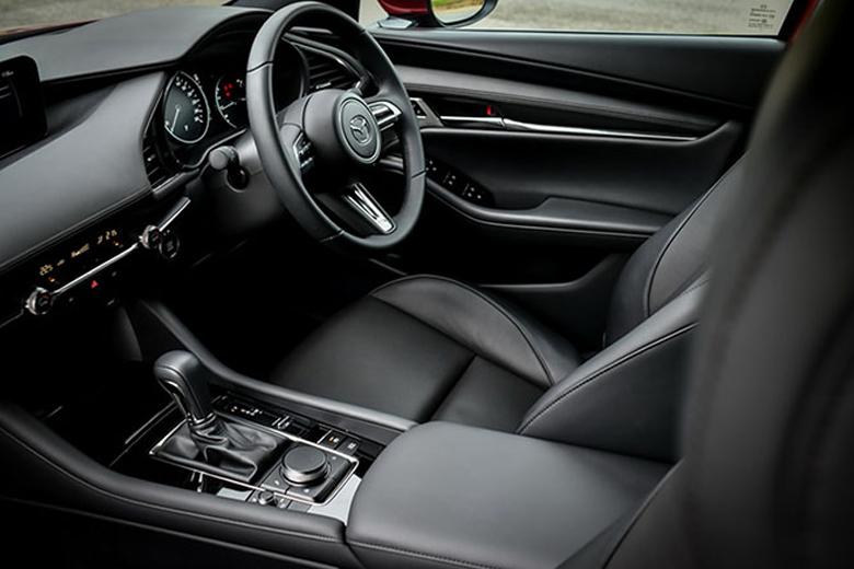 Toyota Corolla Altis và Mazda 3 phiên bản mới 2020 sẽ cập bến Việt Nam trong thời gian tới - 6